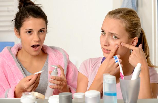 О каких болезнях говорят высыпания на лице