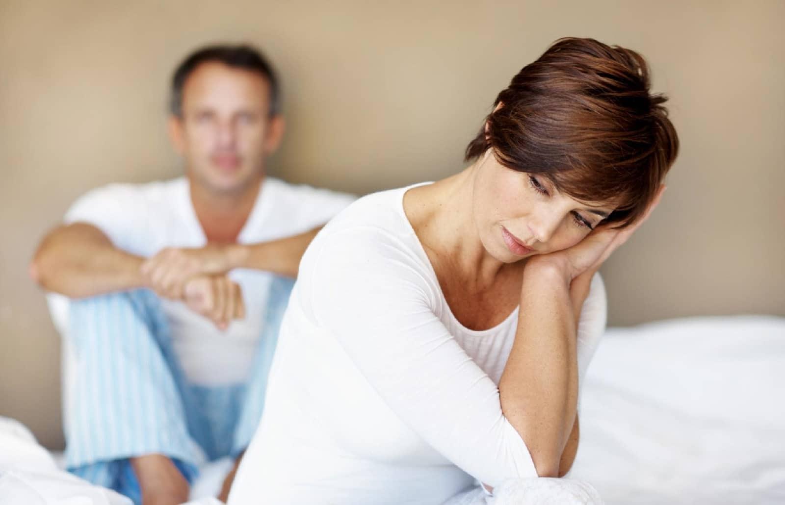 Преждевременное прекращение функции яичников (ранняя менопауза) — причины, симптомы и методы лечения