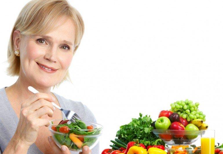 Какие продукты нужно добавить в рацион при менопаузе?