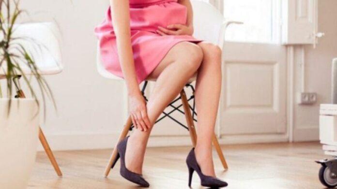 Врачи рассказали, чем грозит ношение каблуков при беременности