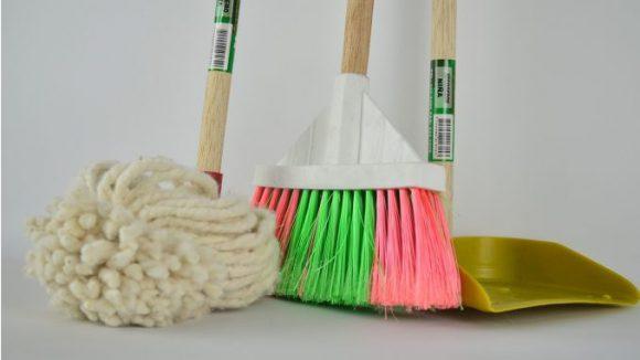 Зачем нанимать услуги по уборке дома? Клининговая компания в Киеве.