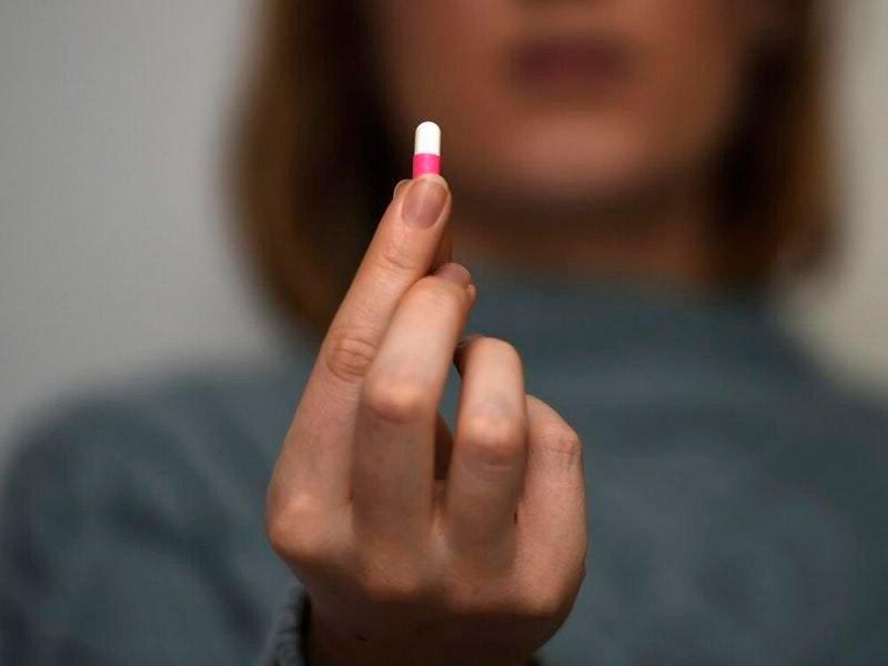 Контрацептивы опасны для девушек-подростков