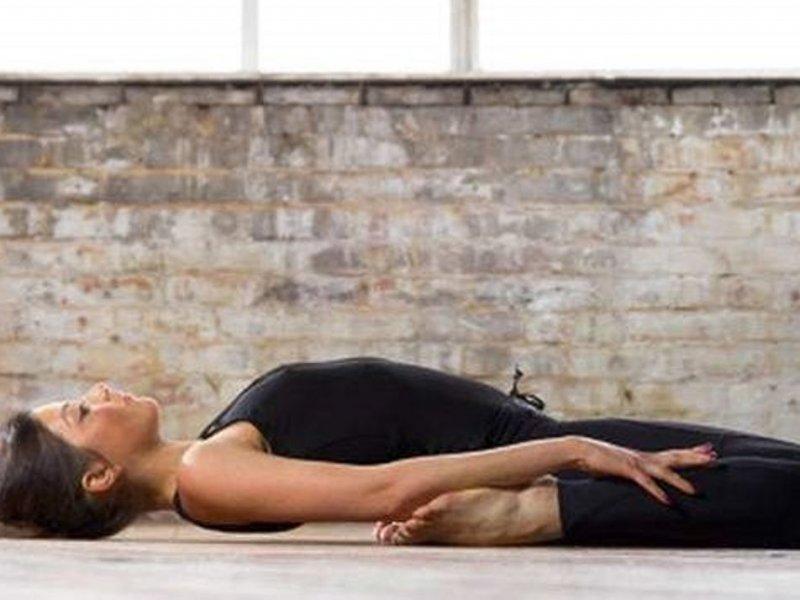 Йога может быть помощником при бессоннице