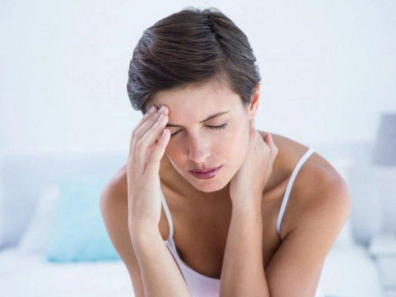 Названы шесть заболеваний, которые передаются в семьях по женской линии