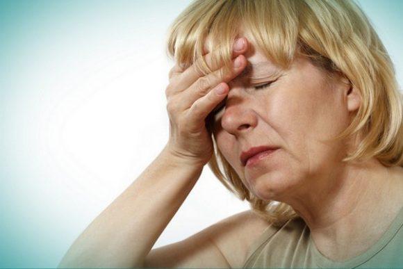 Плохое настроение при климаксе? Не дайте гормонам испортить себе жизнь!