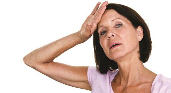 Что может вызвать раннюю менопаузу?