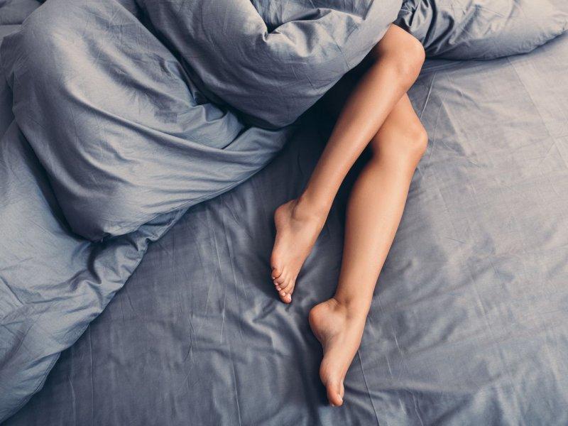 Гинеколог: вот почему женщина должна спать без трусиков