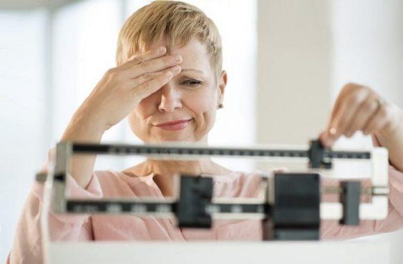 После менопаузы женщины набирают вес