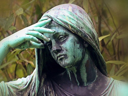 Как приливы в менопаузе влияют на память