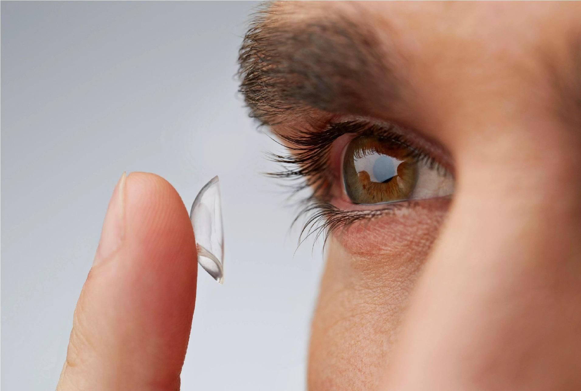 Правильный уход за контактными линзами