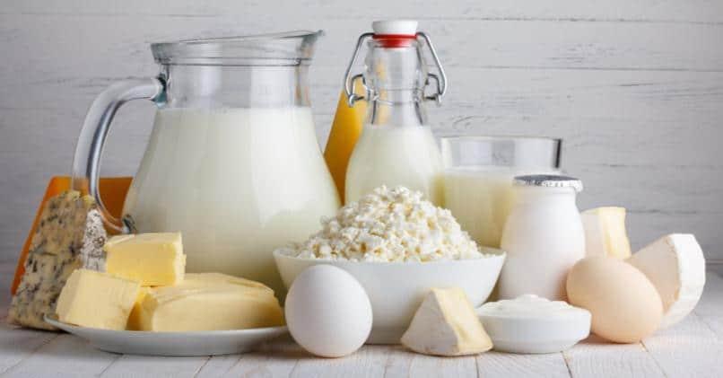 Молочные продукты не предупреждают остеопороз и переломы при менопаузе