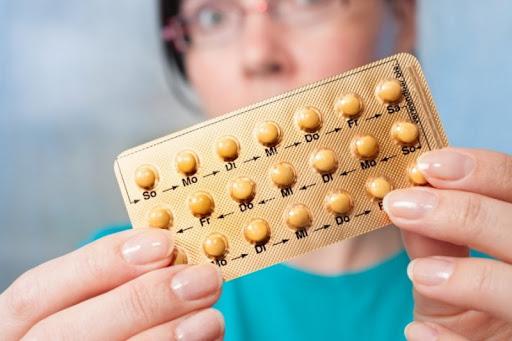 Гормональная контрацепция: как врач подбирает противозачаточные таблетки
