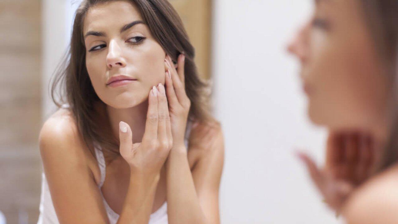 Пилинг, вакуумный массаж и еще 7 бьюти-процедур, которые лучше не делать самостоятельно