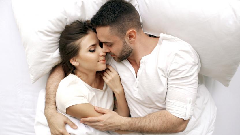 Почему утренний секс полезен для карьеры?