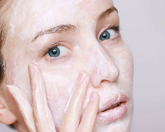 Осветлители кожи могут привести к проблемам с гормонами