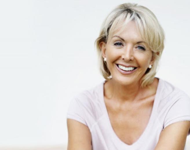 Период менопаузы виновен в разрушении зубов