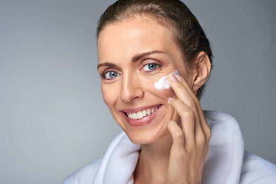5 рекомендаций, как заботиться о коже во время менопаузы