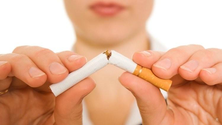 Каждая выкуренная сигарета приближает климакс