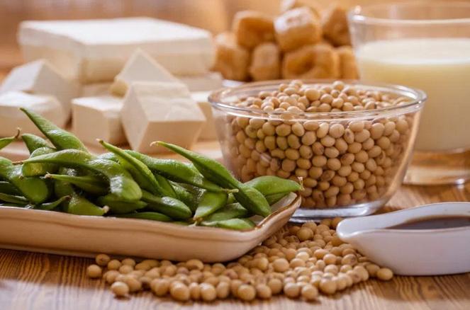 Какие продукты нужно есть женщинам, которые преодолели рак груди