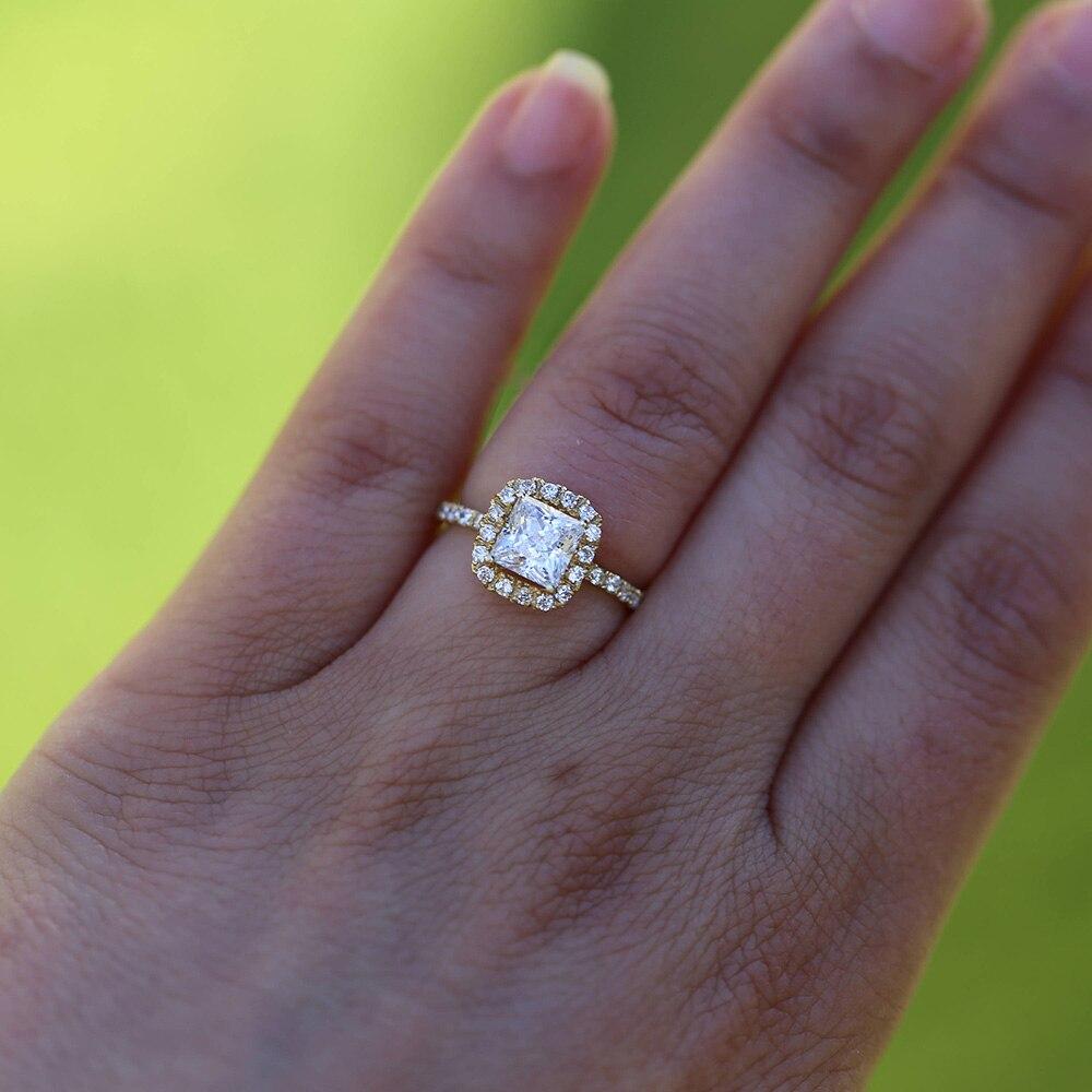Тонкости выбора кольца для помолвки
