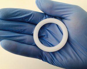 Вагинальное кольцо может защитить не только от нежелательной беременности, но и от ВИЧ