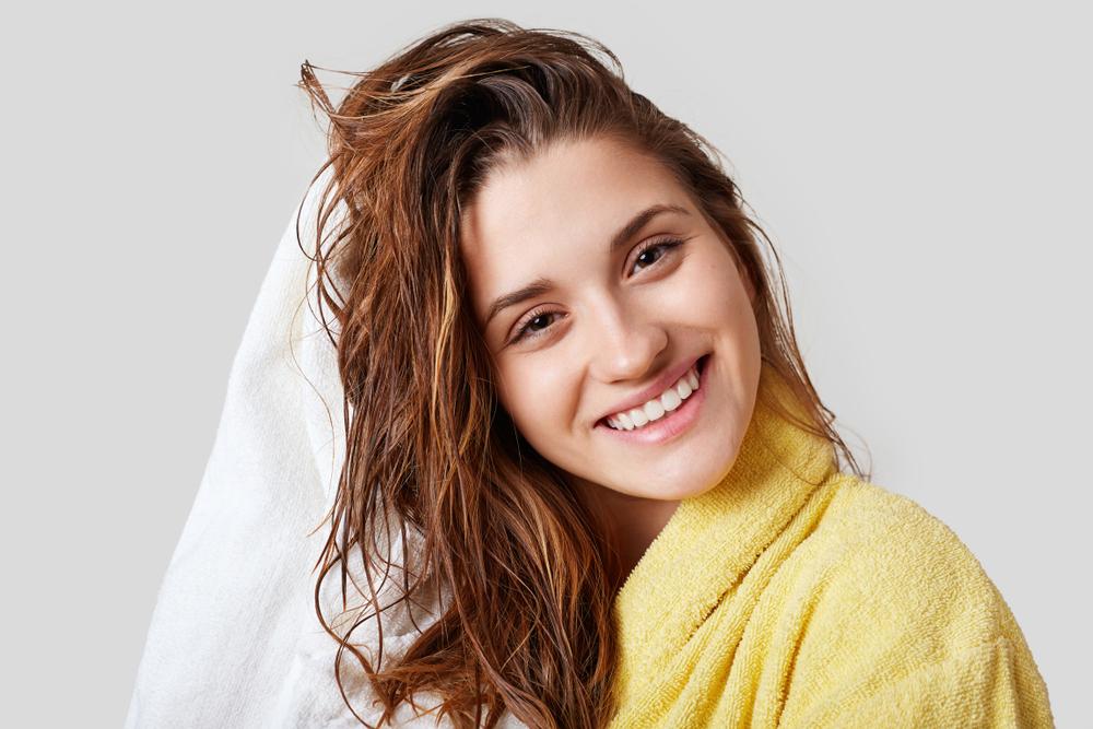 5 привычек, которые убивают твои волосы