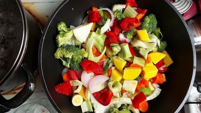 Правильное питание при климаксе. Полезные и опасные продукты при климаксе